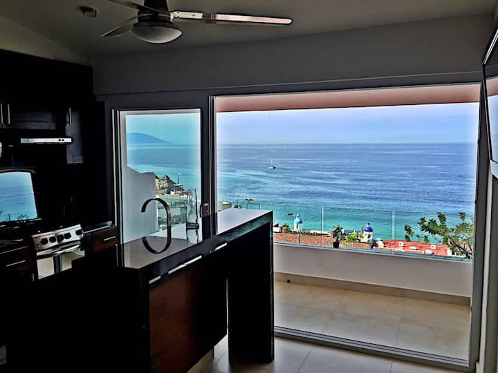 Sunset condo ocean view Romantic Zone