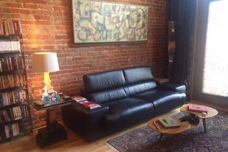 Historic Artist's Loft in the Heart of Downtown - Denver