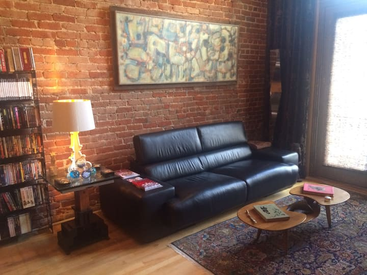 Historic Artist's Loft in the Heart of Downtown