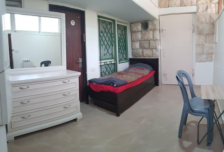 Pastoral private entrance apartment north Jerusale