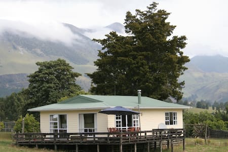Takaka Valley Farm Stay