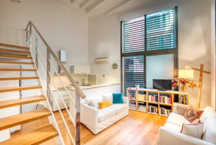 Cosy and modern 60m2 duplex for Barcelona lovers