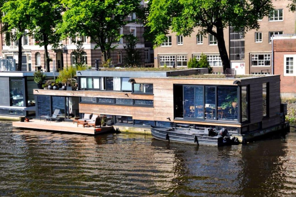 Spectaculaire watervilla woonboot boten te huur in for Te koop amsterdam noord