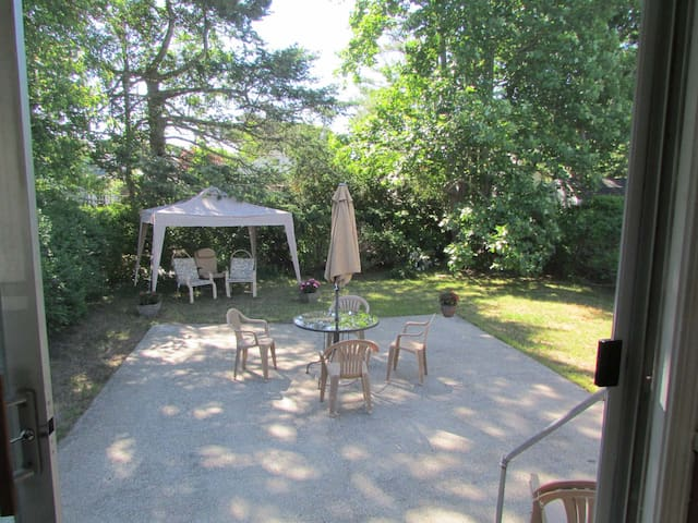200 yards from Cape Cod beach - West Yarmouth - Hus
