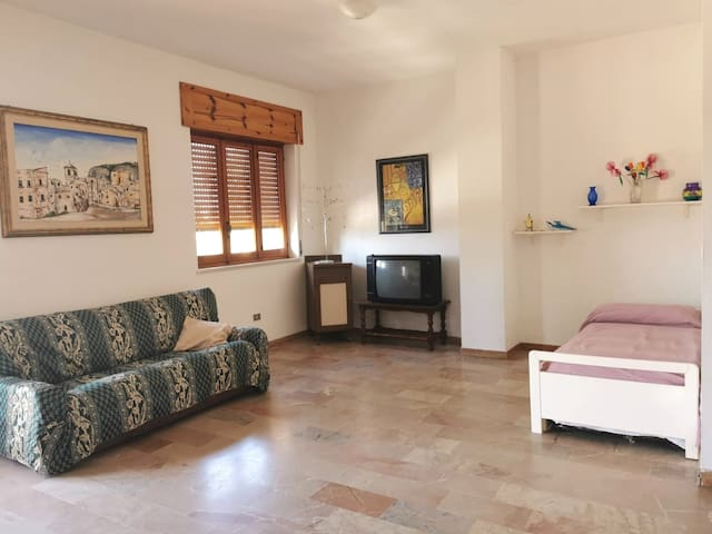 Pietrapaola - Apartment in Piazza De Mundo