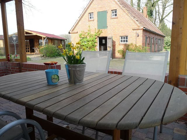 Charming rural countryside location - Osterwald - Apartamento
