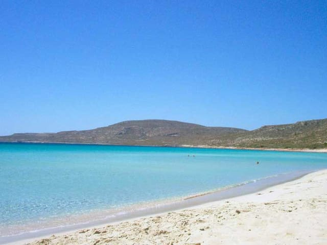 Vacation appartment near the beach - Πλύτρα