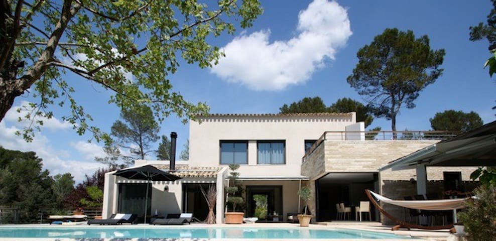 Beau gîte avec piscine au cœur de la Provence - Lorgues - Villa