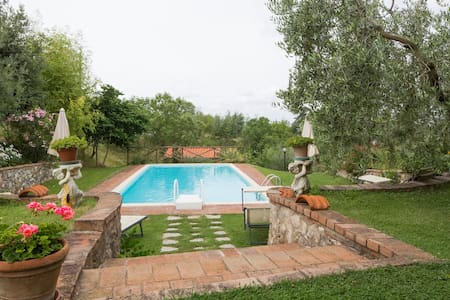 Cosy Farmhouse Apartment in Chianti - Stellino