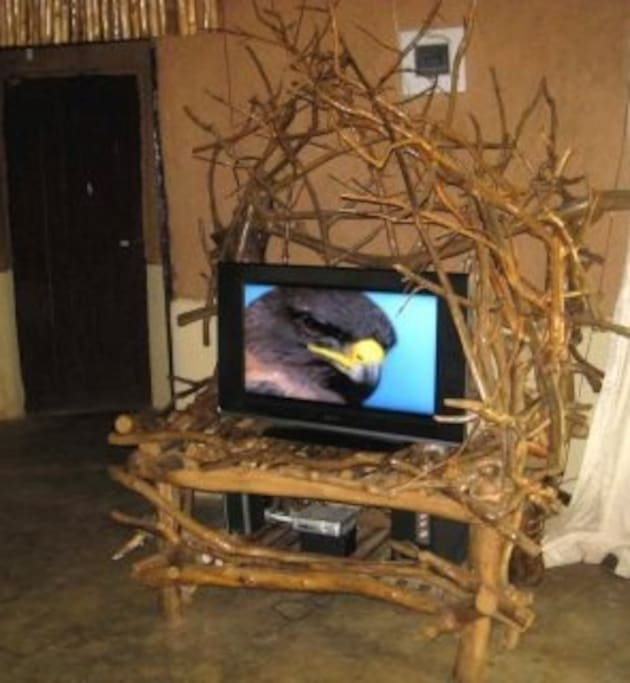 this our Tv table!!!