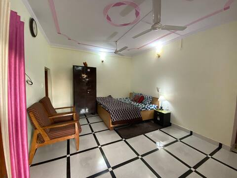 Bahukhandi Villa
