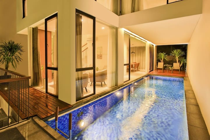 Beautiful house 4br at kemang prime area