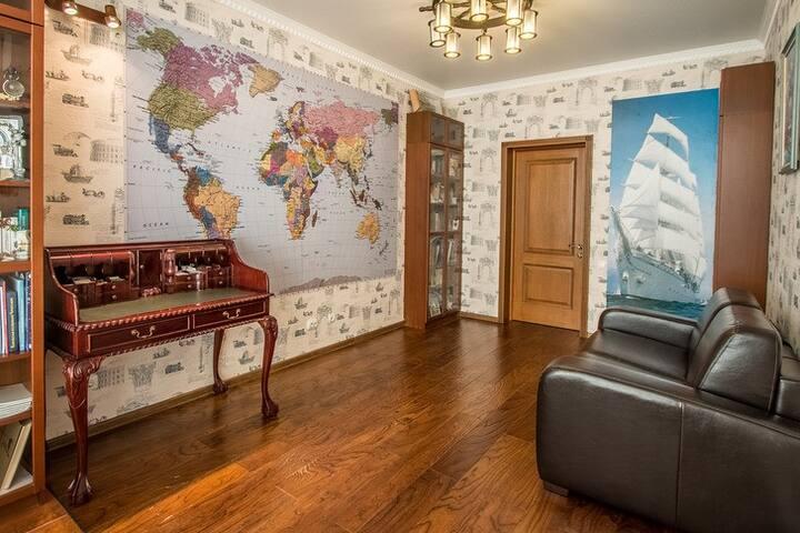 Большая карта мира! На всю комнату!