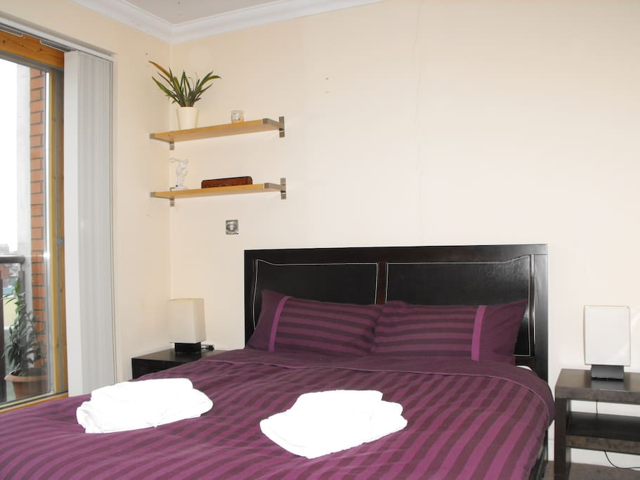 Comfortable double room with private bathroom & private balcony