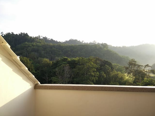 The perfect getaway from the hubbub of city life - Bentong - Huoneisto