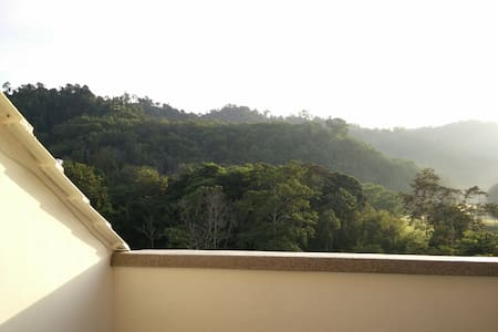 The perfect getaway from the hubbub of city life - Bentong - Lägenhet