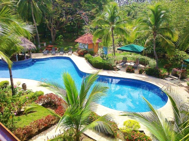 #110 - 2 Bedroom Condo Resort, Secluded, Gorgeous - Quepos - Flat
