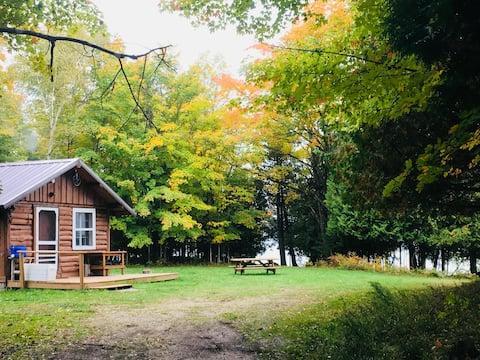 Cabin on private lake (no public access)