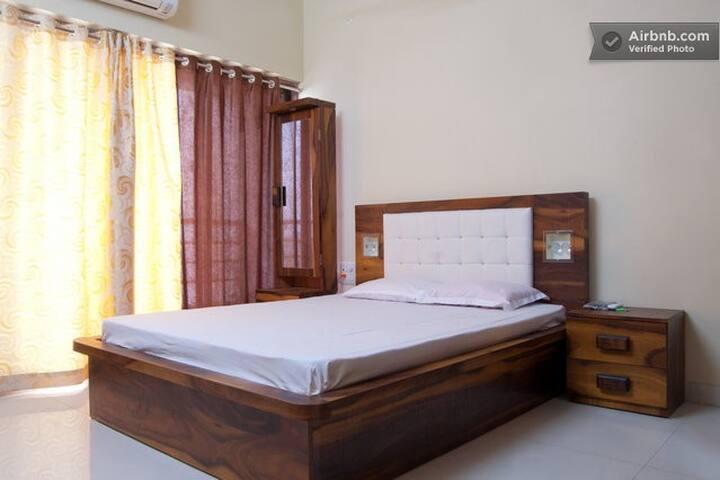 Luxury B&B in Goregaon East - Mumbai - Bed & Breakfast
