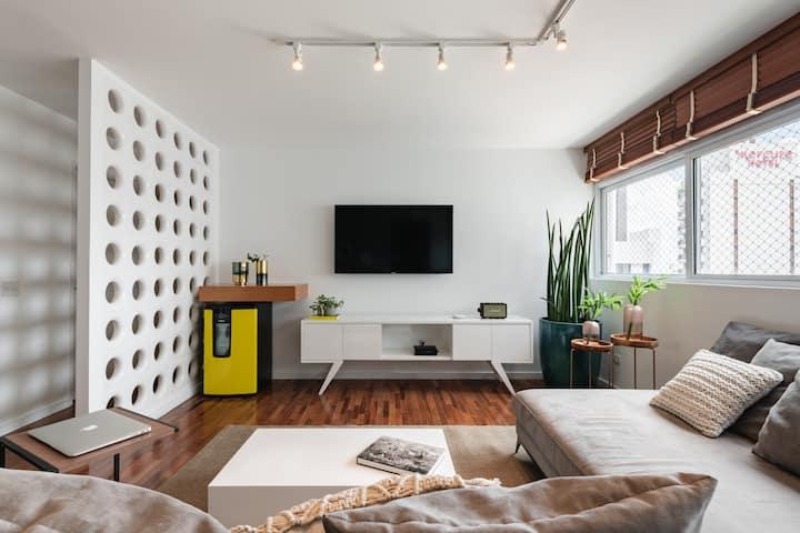 Apartamento amplo com 2 quartos | Jardim Paulista