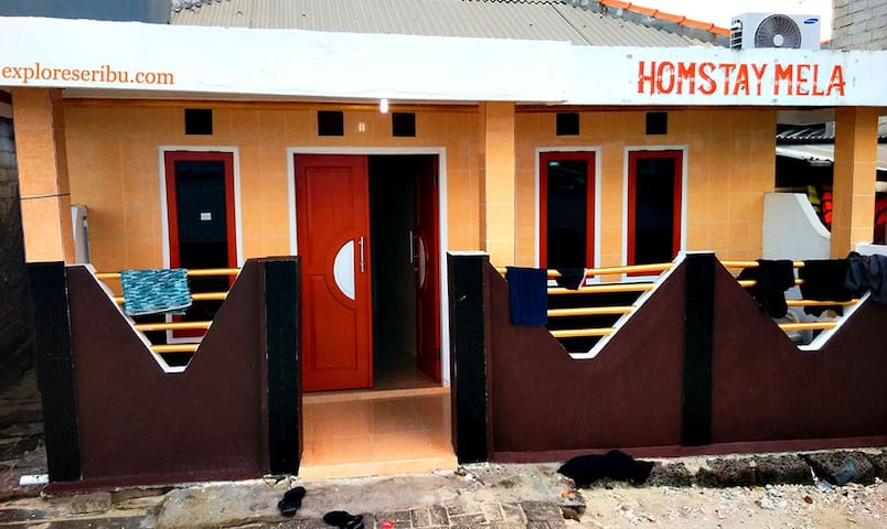 Home Stay Mela Pulau Harapan - Penjaringan - 一軒家