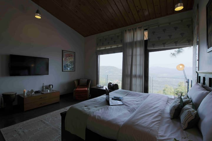 Seclude Kasauli - Morning Has Broken(Private Room)