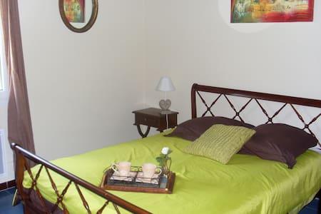 Maison individuelle à 800 m de la plage - Vico