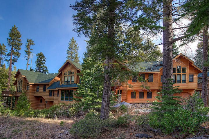 5 Bedrooms Wonderful Home