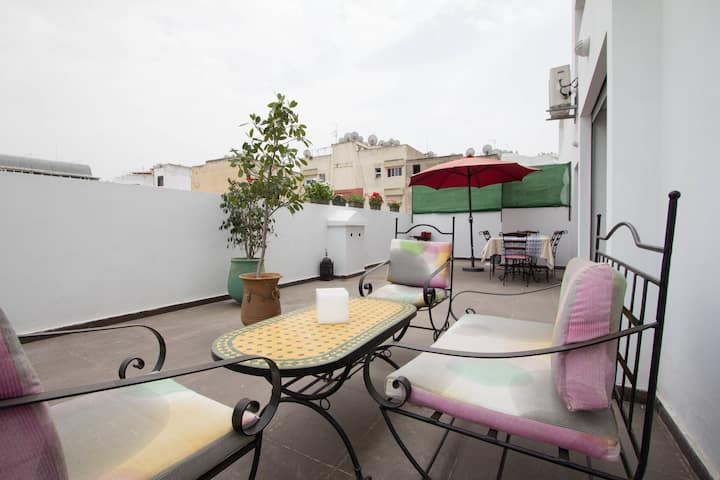 Apartment with 50m² of terrace