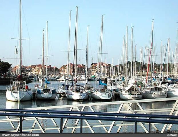 Studio proche Port Plage