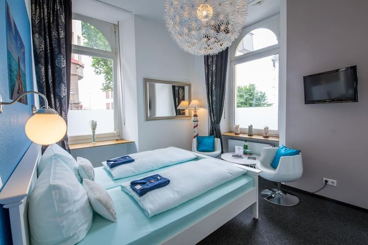 Deluxe Suite with Balcony in Old Town of Koblenz