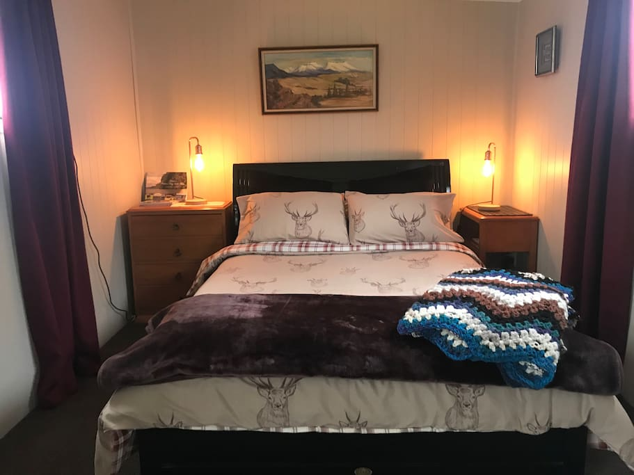Double Bed with electric blankets