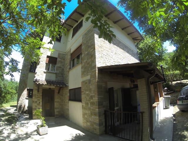 accogliente casa di campagna - valfabbrica - Appartement