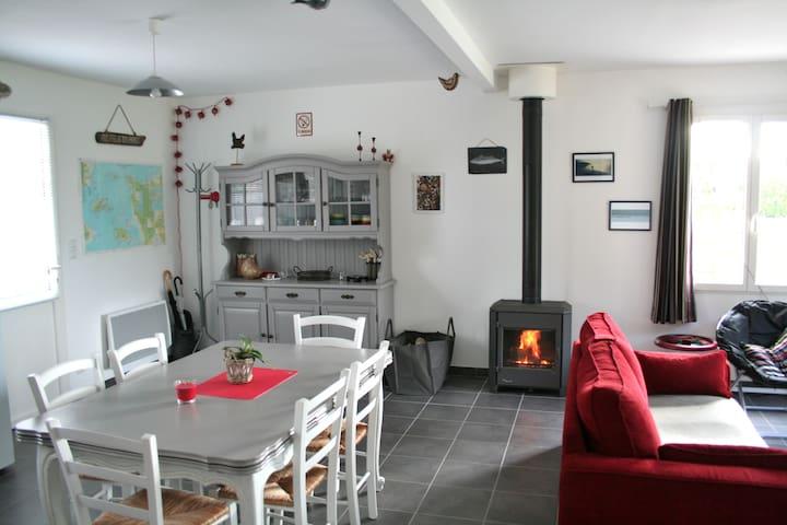 Maison en bois, village bord de mer - Le Rozel