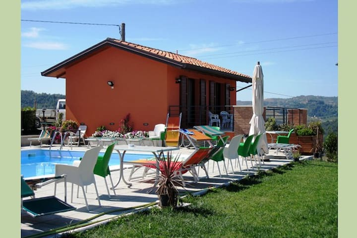 Agriturismo in collina camera doppi - Montiano - Bed & Breakfast