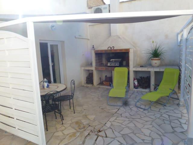 Villa 50 m2  tranquillité,confort