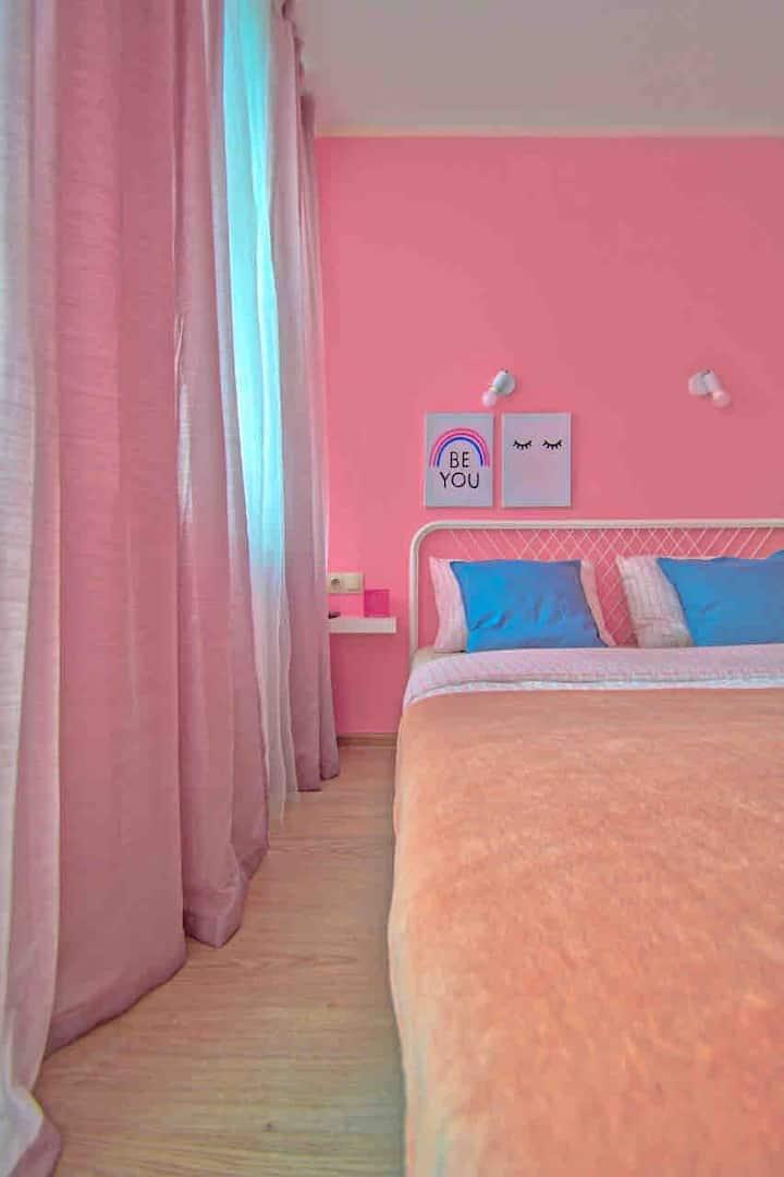 Romantic pink Studio near Sheremetyevo