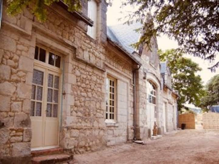 The Coachmans Lodge & Cottage  @ Chateau desBarres