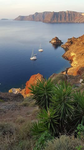 Oia Waves 3 bedrooms 3 bathrooms with caldera view