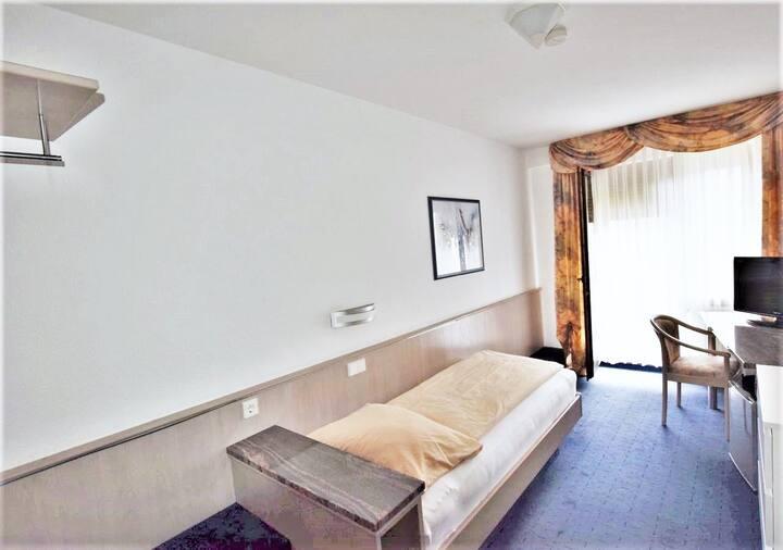 Hotel Alena Neue Messe 04