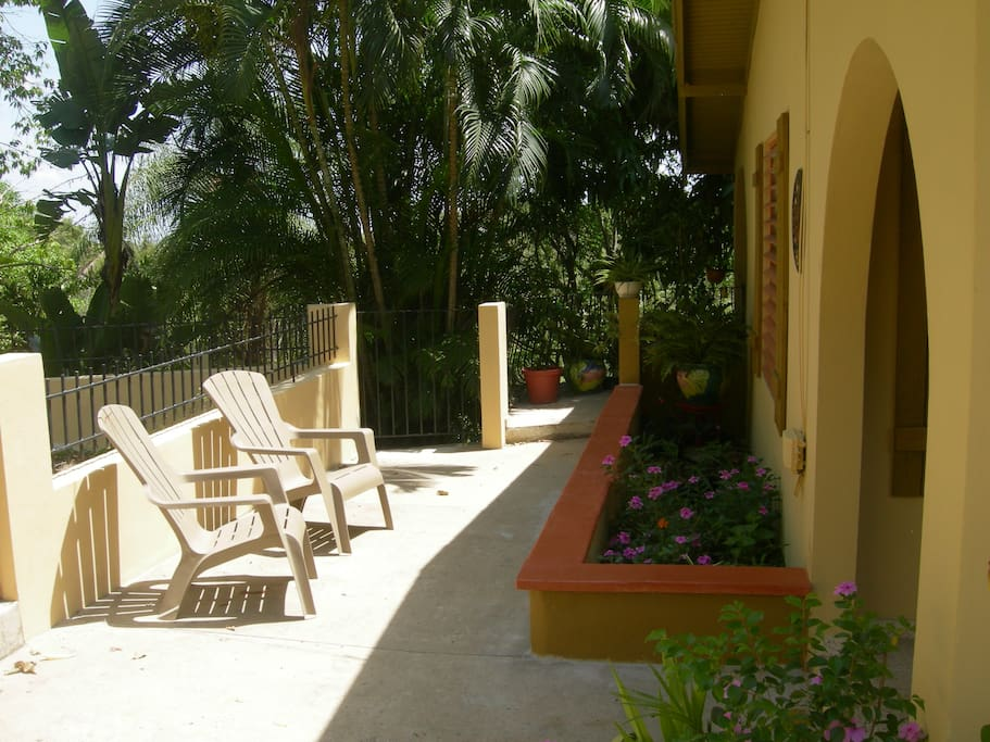 Front patio - left gate leads to guest apartment down stairs, right gate to covered terrace