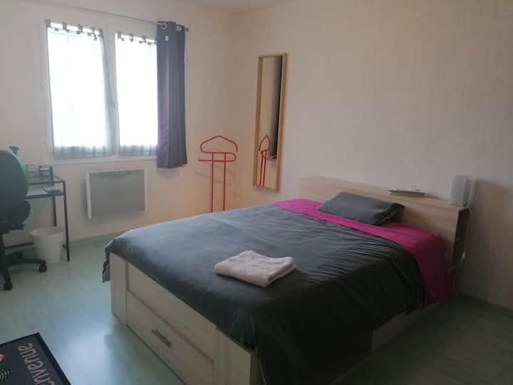 Chambre dans maison individuelle Cézeaux