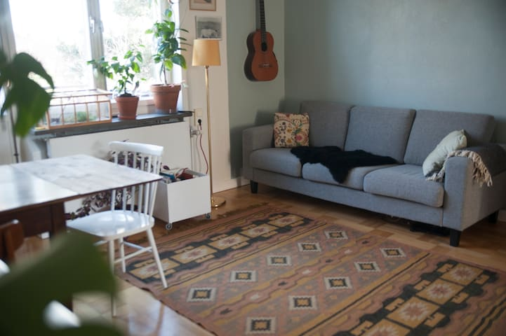 cozy two room flat in nice area - Stockholm - Apartment