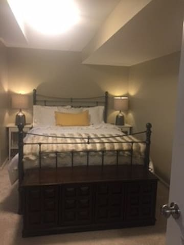 Basement Suite with Gym - Montclair - Casa