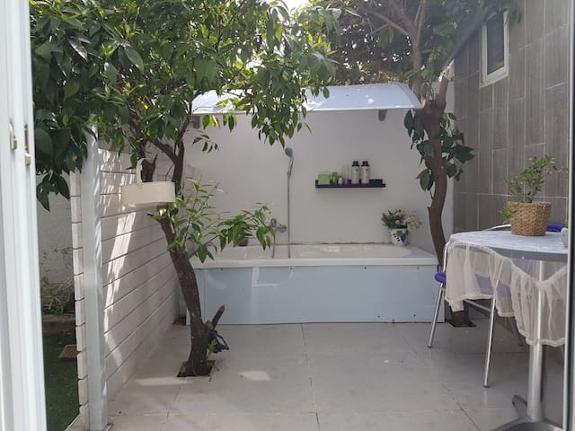 Studio Apartment in Ramat Hasharon - Ramat Hasharon