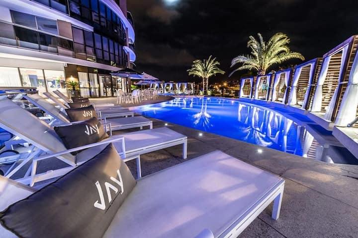 Apartamento alto padrão em Jurerê Internacional