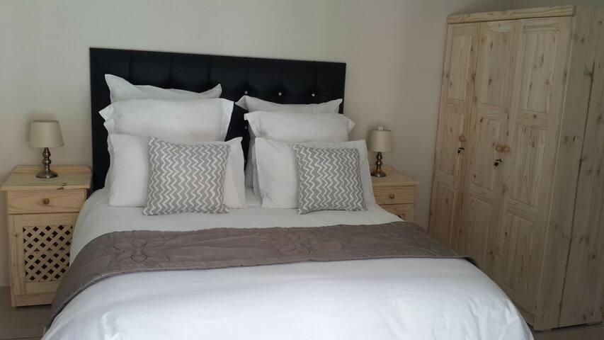 En suite bedroom with shower 1