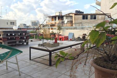 Central Mar Mikhael Apt w/ Terrace - Apartemen