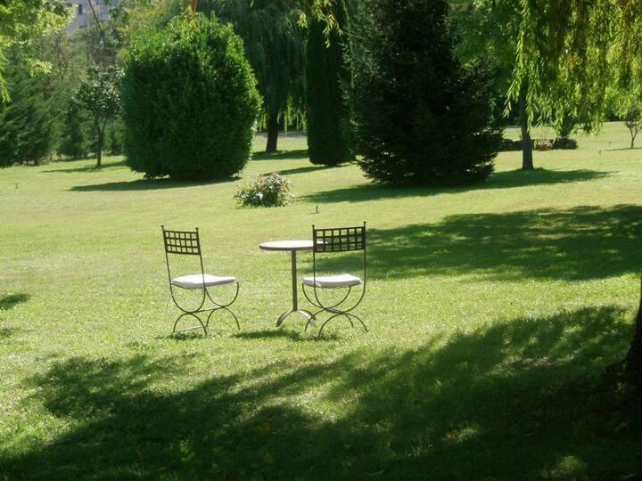 Chambre d'hôte Le Jardin   Abricot