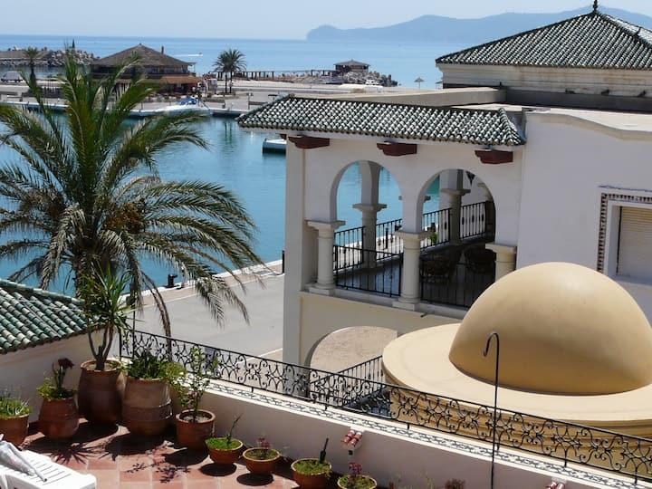 Apartamento de lujo frente a mar en Marina Smir